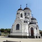 Visite de certains des plus beaux monastères moldaves