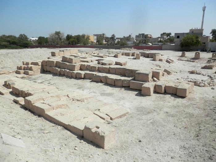 """Notons que tous les Bahreïnis à qui j'ai dit que j'étais allé au temple de Barbar m'ont répondu : """"Hein ? C'est quoi ? C'est où ?"""""""