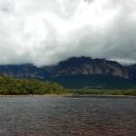 Sortie en pirogue de la lagune de Canaima à Isla Orchidea (jour 6 au Venezuela)