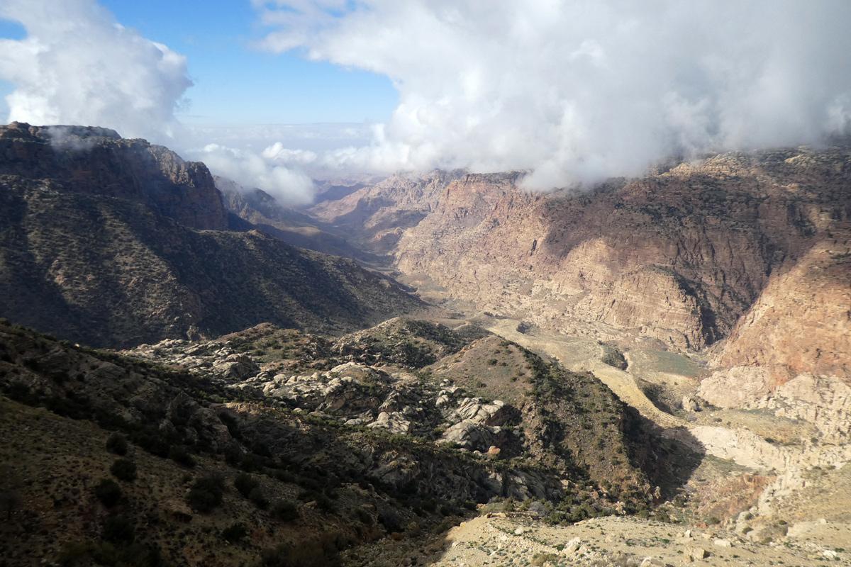 Dernière vue sur la réserve naturelle de Dana, puis nous repartons.